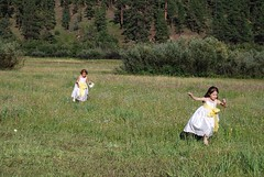 "Flower girls in field in Greer - ND • <a style=""font-size:0.8em;"" href=""http://www.flickr.com/photos/77555780@N03/6965356324/"" target=""_blank"">View on Flickr</a>"