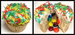 Cinco de Mayo Pinata Cupcakes (Sugarbabys) Tags: cupcakes houston cincodemayocupcakes pinatacupcakes cincodemayodesserts