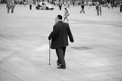 Berlin, Alexanderplatz (doige) Tags: street people bw berlin eos 50mm menschen alexanderplatz sw 450d