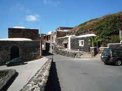 Pantelleria Dammusi by aqua luglio 2011 (283) (Miss aqua '79) Tags: italy aqua mare natura sicily vacanze pantelleria antonella quaranta fotoreporter casevacanzeitalia