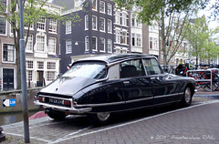 They are still out there (Amsterdam RAIL) Tags: auto holland classic car amsterdam ds goddess nederland citron voiture coche oldtimer paysbas kar bloemgracht motorcar ds23 snoek citronds23 90zr24
