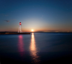 K20D8326 (Bob West) Tags: nightphotography lighthouse ontario night lakeerie greatlakes moonrise nightshots erieau southwestontario bobwest sigma24mm k20d eastlighthouseerieau