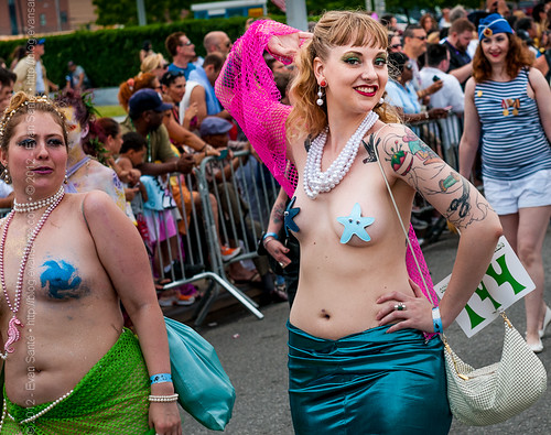 :: Dottie Dynamo - Image from the Coney Island Mermaid Parade (2011)
