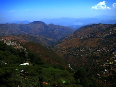 IMG_0714 (Tarun Chopra) Tags: trees mountains clouds landscape shimla valley greenery gurgaon summers s100 touristdestination canonpowershots100