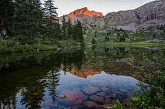 Morning has broken! (Steve Flowers) Tags: cold sunrise clear backpacking cloudless alpenglow moonlake weminuchewilderness mtoso nikond7000 nikon1024mmlens