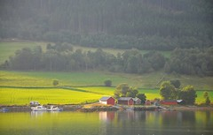 Bright light on the shore (ystenes) Tags: mountain norway norge fjord fjell romsdal vestlandet mreogromsdal eidsbygda mygearandme mygearandmepremium mygearandmebronze mygearandmesilver mygearandmegold mygearandmeplatinum mygearandmediamond ytresiem flickrstruereflection2 flickrstruereflection4 flickrstruereflectionlevel1 flickrstruereflectionlevel3