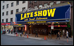 ED SULLIVAN THEATER (Dani Morell) Tags: show street nyc urban usa ny america us theater manhattan united broadway lateshow eua states cbs davidletterman edsullivan