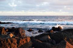 DSC_7404 (heartinhawaii) Tags: ocean sunset sea nature hawaii colorful pacific wave kauai poipu hawaiiansunset splash kauaisunset lavarocks poipubeachpark nikond3100 kauaiinoctober