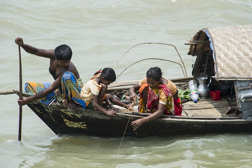 A family fish in Chandpur, Bangladesh. Photo by Finn Thilsted, 2012.