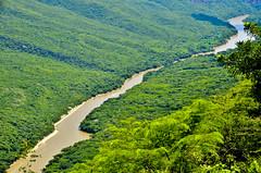 Mexico (Sergi Hill) Tags: trip travel viaje sky mountains verde green rio river mexico cielo chiapas viajar cañondelsumidero tuxtlagutierrez nikond7000