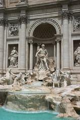 Fontana di Trevi 2/7 (giev) Tags: italy rome roma fountain italia pentax trevi trevifountain fontanaditrevi pentaxk20d hdpentaxda1685mmf3556eddcwr hdpentaxda1685