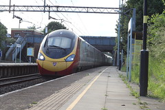 Virgin Pendolino (Blundell Photography) Tags: west class virgin 390 allerton pendolino