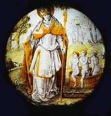 St Nicholas with three naked boys in a barrel (Simon_K) Tags: cambridge college glass king continental chapel medieval stained kings eastanglia roundel kingss