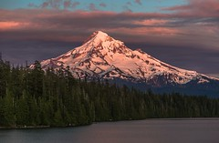 Hood Alpenglow (Cole Chase Photography) Tags: alpenglow hood mounthood mthood lostlake oregon pacificnorthwest sunset canon eos5dmarkiii