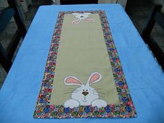 Trilho de mesa coelho (luartesanato) Tags: patchwork coelho pascoa trilho