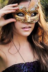 Enmascarada (NROmil) Tags: woman color azul eyes natural alma young sensual ojos mascara bella masked mirada belleza dulce ragazza sentimiento enmascarada