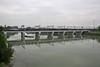 Autoslaaptrein in LINEA...... (Maurizio Zanella) Tags: bridge river italia fiume trains ponte railways aw linea alessandria treni ferrovie autoslaaptrein tanaro eetc e483013 arenaways