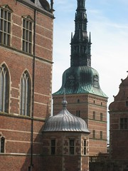 Spire of the gate-tower or Barbican (Portrn) at Frederiksborg, seen from the end of the Chapel wing (Rubens1577) Tags: building brick tower castle window architecture denmark sandstone stonework barbican spire pediment brickwork frederiksborg lancet frederiksborgslot banquetinghall gatetower hillerd danisharchitecture friborg christianiv frederiksborgcastle steenwinckel chapelwing hillerdsholm portrn hansvansteenwinckeltheelder laurensvansteenwinckel jrgenfriborg boegaert casparboegaert lancethead threelightwide