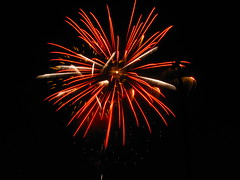 (ohpapercut) Tags: holiday wisconsin fireworks fourthofjuly independenceday ohpapercut