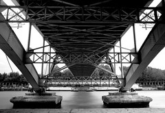 Passerelle Debilly - Paris (Remy Carteret) Tags: longexposure bridge blackandwhite bw white paris france seine canon eos blackwhite noir noiretblanc bridges nb pont mk2 5d canon5d et blanc quai ponts mkii markii quais passerelle mark2 longerexposure poselongue debilly passerelledebilly blancblack canoneos5dmarkii 5dmarkii canon5dmark2 5dmark2 canon5dmarkii canoneos5dmark2 remycarteret rmycarteret