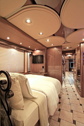 Platinum - Rear Stateroom - facing forward