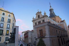 Church of Sacramento and surroundings at sunset. Madrid, Spain (agma06) Tags: madrid road street blue sunset color cars sol church clouds grey spain puerta cross centro tapas granvia callemayor espana vivamadrid tio