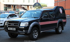 Lagan Search And Rescue / VEZ 2806 / Ford Ranger / Response Vehicle (Nick 999) Tags: blue rescue ford lights search ranger belfast led vehicle and leds emergency vez response sirens lagan fordranger 2806 responsevehicle lsar lagansearchandrescue vez2806