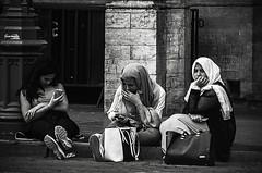 People of Brussels #4 (Tom Cuppens) Tags: people place zwartwit streetphotography bruxelles grand markt brussel peuple grote straatfotografie stphotographia photographiederues
