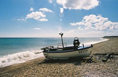 Beach Flare - Walmer, Kent (35mm) (jcbkk1956) Tags: sea beach analog 35mm surf pentax wideangle lensflare deal vivitar slipway contrejour walmer pentaxme agfa200 contrejoure viagginelmondo worldtrekker