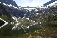 Etang du Garbet (jpto_55) Tags: etang lac etangdugarbet pyrnes xe1 paysage fuji fujifilm fujixf1855mmf284r arige france montagne eau