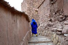 Blue man (marianovsky) Tags: blue man alley morocco marruecos kasbah atbenhaddou marianovsky