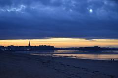 Saint Malo (StephUSA) Tags: sunset france saint de soleil nikon bretagne saintmalo malo stmalo couch nikond5100