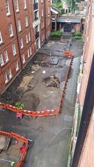 20160620_161844 (Carol B London) Tags: tarmac courtyard charcoal e1 wedge sgc ids stepney londone1 stepneygreen newlayout newsurface charcoalbricks steneygreencourt wedgeengineering