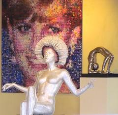 Seduta.......di agopuntura e meditazione:-))!! (antonè) Tags: sardegna poster estate vetrina vacanza scultura ladydiana portocervo manichino meditazione costasmeralda antonè