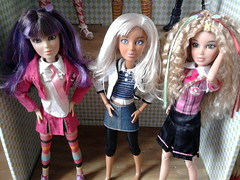 Hayden, Ororo and Katie in schooluniforms (Just a Nobody) Tags: alexis school love uniform doll steffi katie liv hayden carly sophia ororo