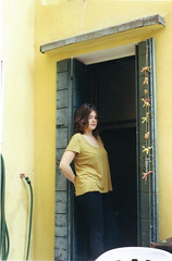 46 (Glorija Blazinsek) Tags: venice girl yellow beige thinking