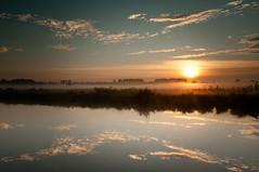 Marshland Sunrise (nbdh) Tags: sunrise germany deutschland nikon filter lee marsh sonnenaufgang marshland 1635 hille torfmoor grauverlauf d300s