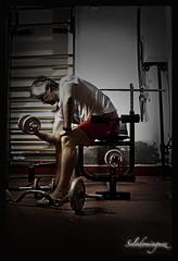 gimnasio (selodominguez) Tags: gym gimnasio weights 2012 week22 pesas 2470 canon247028l strobist 40d weekofmay27 selodominguez 522012 52weeksthe2012edition
