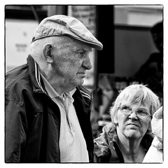 Dirty look (Frank Fullard) Tags: street portrait look couple candid angry unhappy annoyed dirtylook fullard frankfullard
