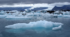 Ice Age (little_frank) Tags: travel cruise blue wild panorama lake ice nature ecology beautiful beauty wonder landscape island iceland islandia amazing fantastic scenery europe heaven paradise silent view place natural extreme north dream azure dramatic surreal peaceful bank glacier special arctic adventure fantasy journey stunning environment dreamy nordic iceberg wilderness idyll fabulous marvel northern idyllic heavenly climatechange breathtaking impressive jokulsarlon vastness vatnajokull globalwarming islande jkulsrln marvellous breathless unspoiled islanda irreal vatnajkull primordial immensity primeval glaciallagoon wonderfulplace sland vastity retreatofglaciers