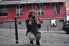 Conmigo. (Julia Mora Crespo) Tags: camera france myself mirror nikon espejo francia pars monmartre nikond5000