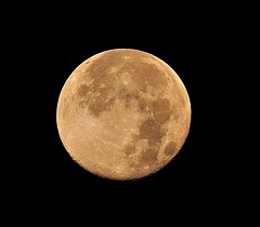 August - Full Sturgeon  Moon (l_dewitt) Tags: moon nikon connecticut newengland august fullmoon sturgeon cornmoon saummer augustfullmoon grainmoon d5000