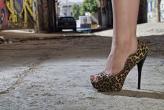 High Heels (Brian T.) Tags: street city girl canon high shoes chica legs sin heels tacones tamron apollo pecado wescott pierna sb24 yn460