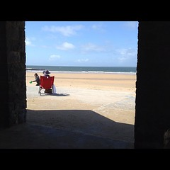 SPNC - Year 2 - Instruction # 24 (._Karl_.) Tags: b ireland beach square kerry squareformat co 2012 bally iphone spnp ballybunnion spnc iphoneography instagramapp streetphotographynowproject streetphotgraphynowproject streetphotographynowcommunity