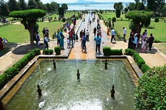 Nishat bagh_Kashmir_2012_07_16_2224_ (Shubhada Nikharge) Tags: kashmir bagh mughalgarden nishat nishatbaug terracedmughalgarden