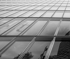 Spiegel (Wolfgang Becker) Tags: house tower architektur gebude spiegelungen
