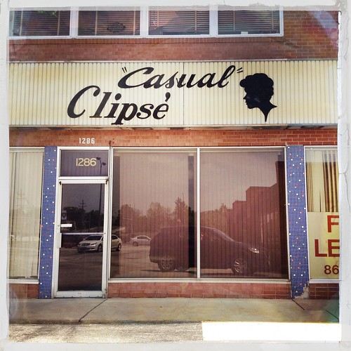 """Casual"" Clipsé"