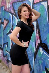 Serie Rockfitis - Claudia 28 (Nitideces de Miguel Emele) Tags: portrait people woman sexy girl beauty fashion mujer model glamour chica gente retrato moda modelo sensual fujifilm belleza elegance elegancia xt1 xf1655