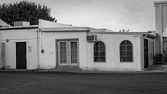 scottsdale 07810 (m.r. nelson) Tags: bw usa southwest monochrome america blackwhite scottsdale wildwest urbanlandscape rizona artphotography thewest mrnelson marknelson newtopographic markinaz