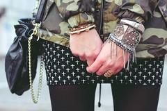 Cul es el peso ideal para un bolso de mano? (revistaeducacionvirtual) Tags: mujer espalda estilo tension bolso peso salud problemas carga hombro libras correas consejos hombros